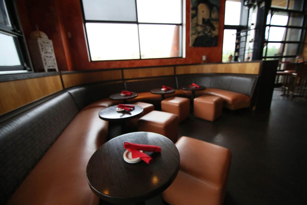 LaBodega-Leawood-Corner-Seating